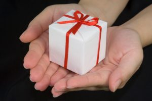 Japanese Culture Facts - gift giving in japan