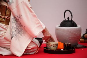 Japanese Culture Facts - traditional tea ceremonies in Japan